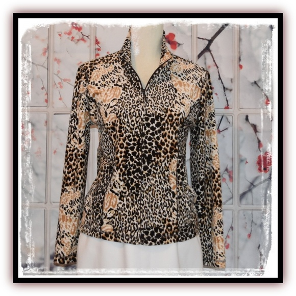 Kim Rogers Jackets & Blazers - 😍Fabulous KIM ROGERS Animal Print Fleece Jacket😍